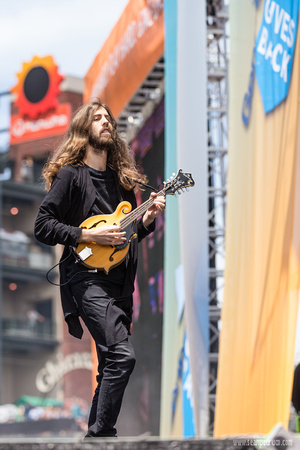 Wayne Sermon of Imagine Dragons